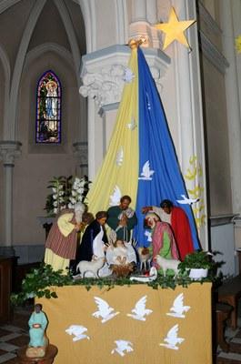 Crèche église St Vaast d'Aubers